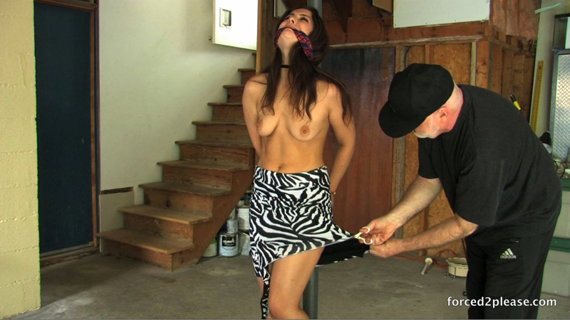 F2P - Up For Auction (MP4) - Tilly McReese